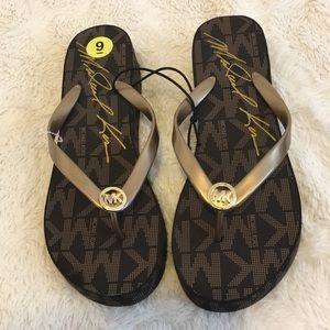 Mk sandles